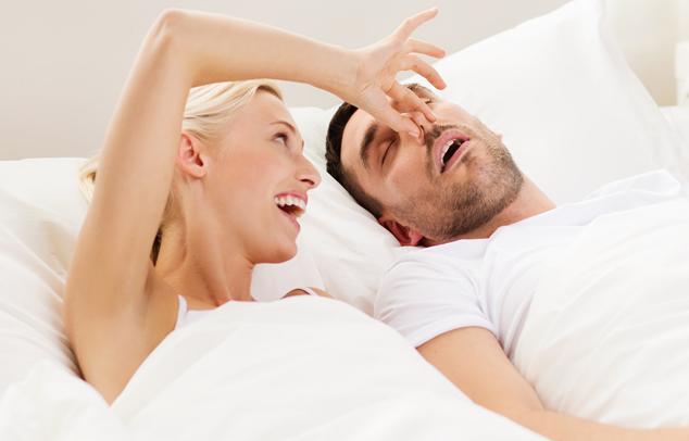 Megfázás esetén gyakori tünet, hogy a beteg horkol